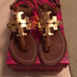 Tory Burch gold gladiator flat sandals NWT